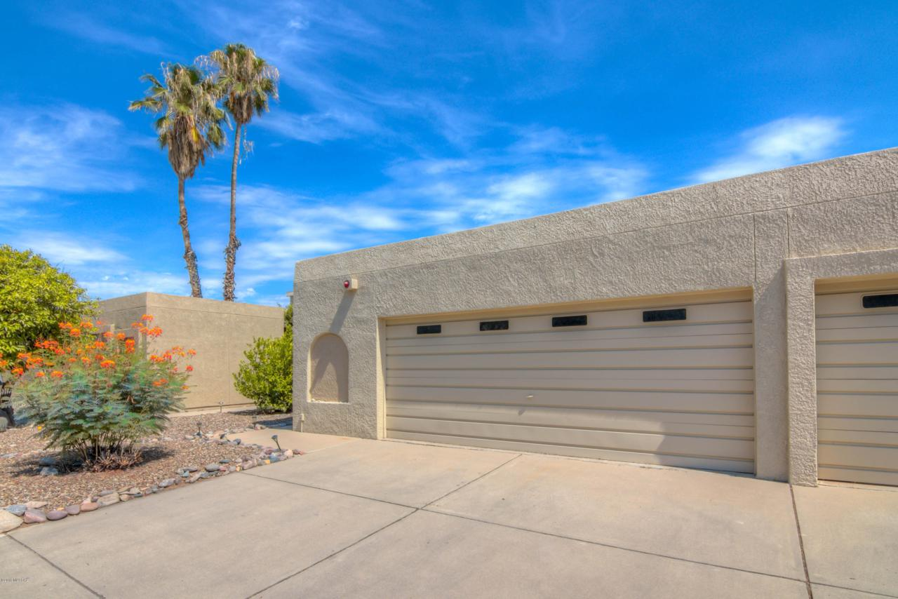 7581 Desert Anchor Boulevard - Photo 1