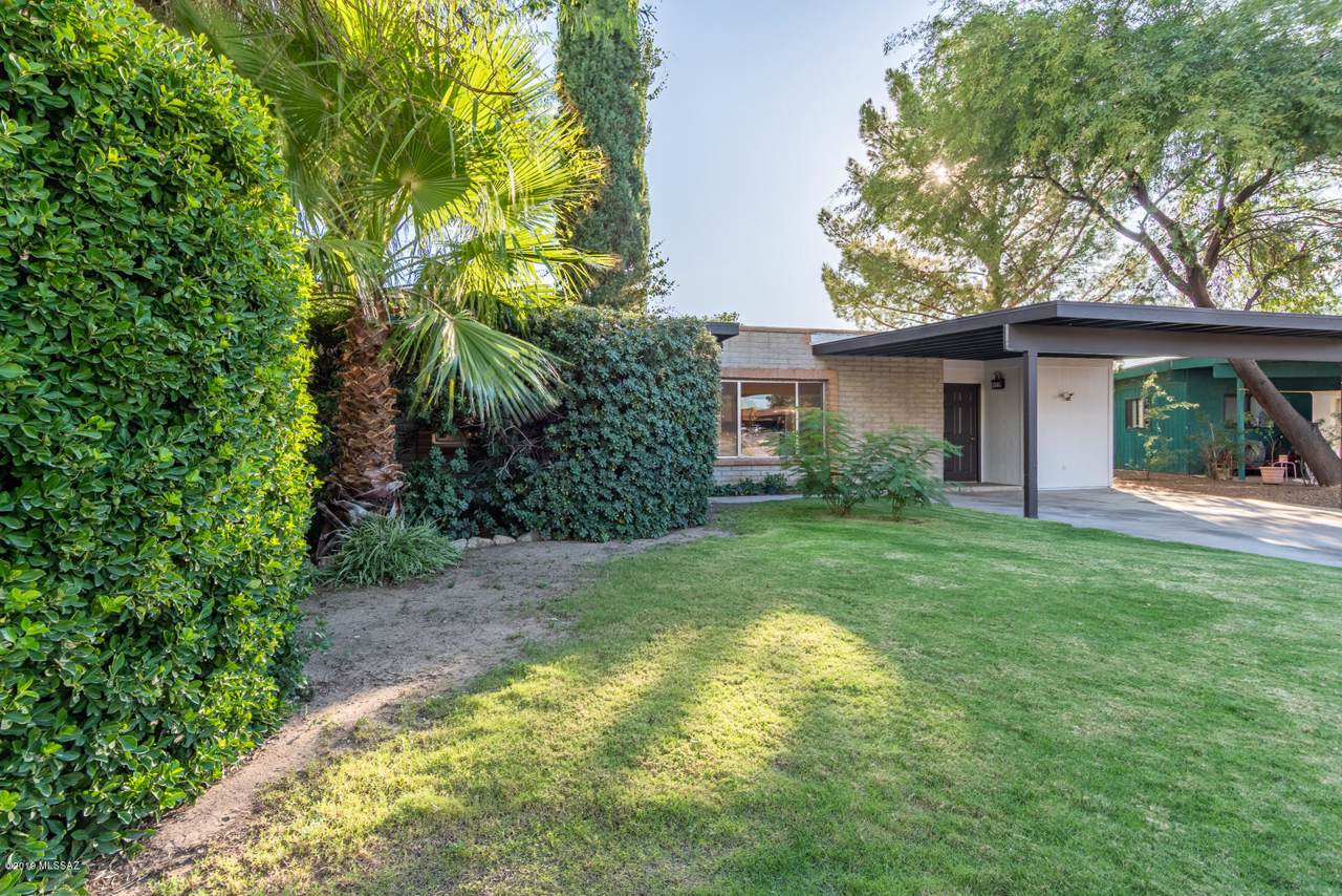 7245 Meredith Place - Photo 1