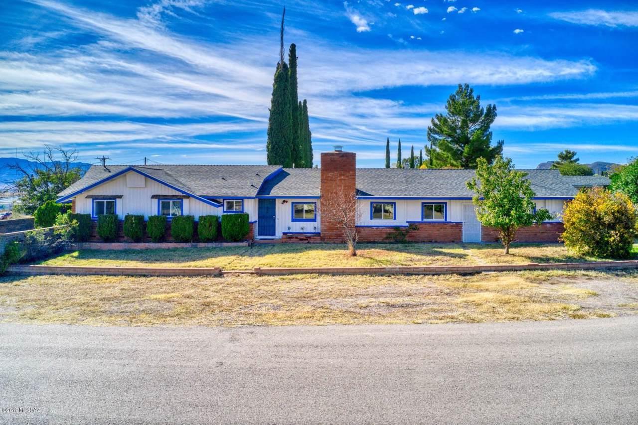 103 Navajo Drive - Photo 1