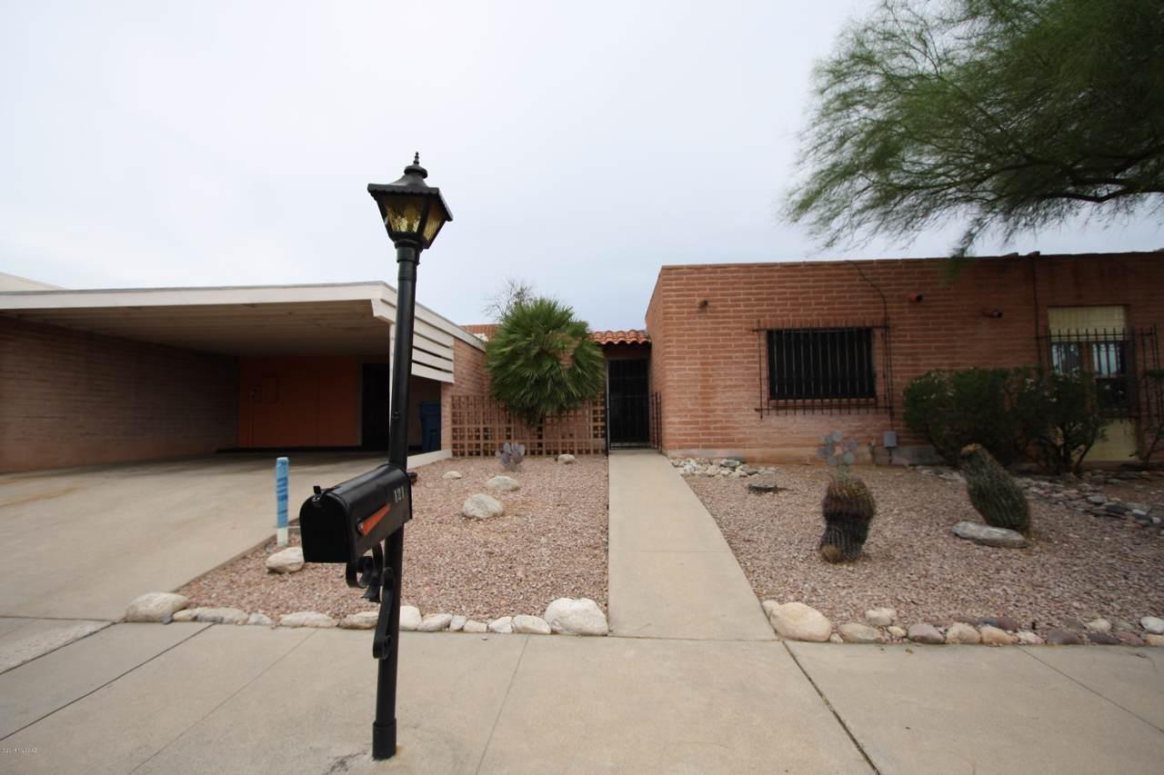 121 Vista Grande Drive - Photo 1