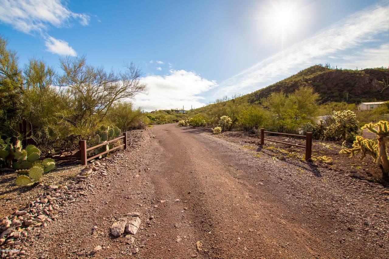 6255 Speaks Trail - Photo 1