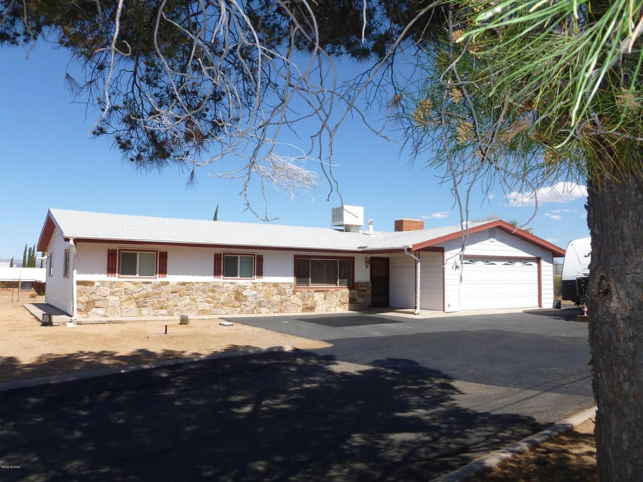 801 La Mesa Drive - Photo 1