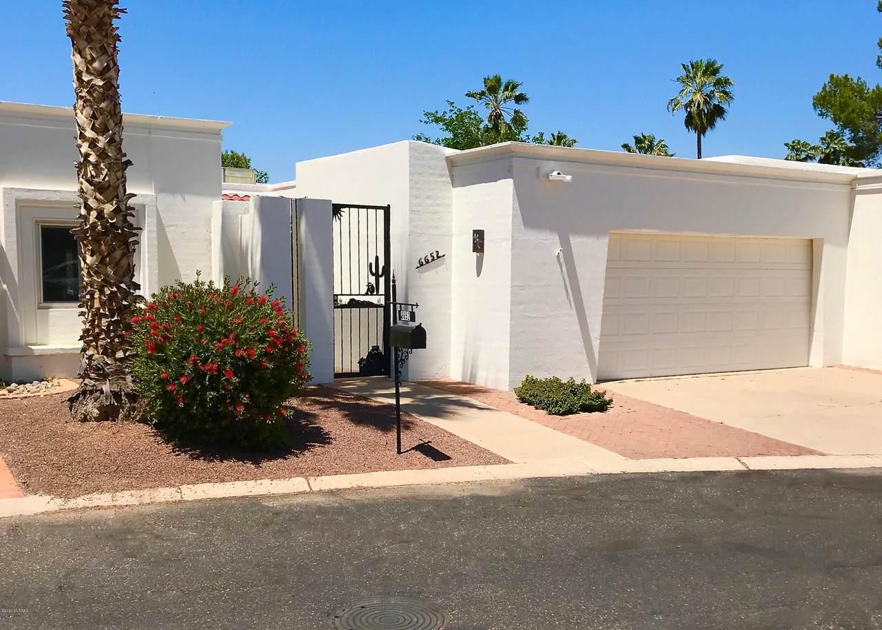 6652 Villa Dorado Drive - Photo 1