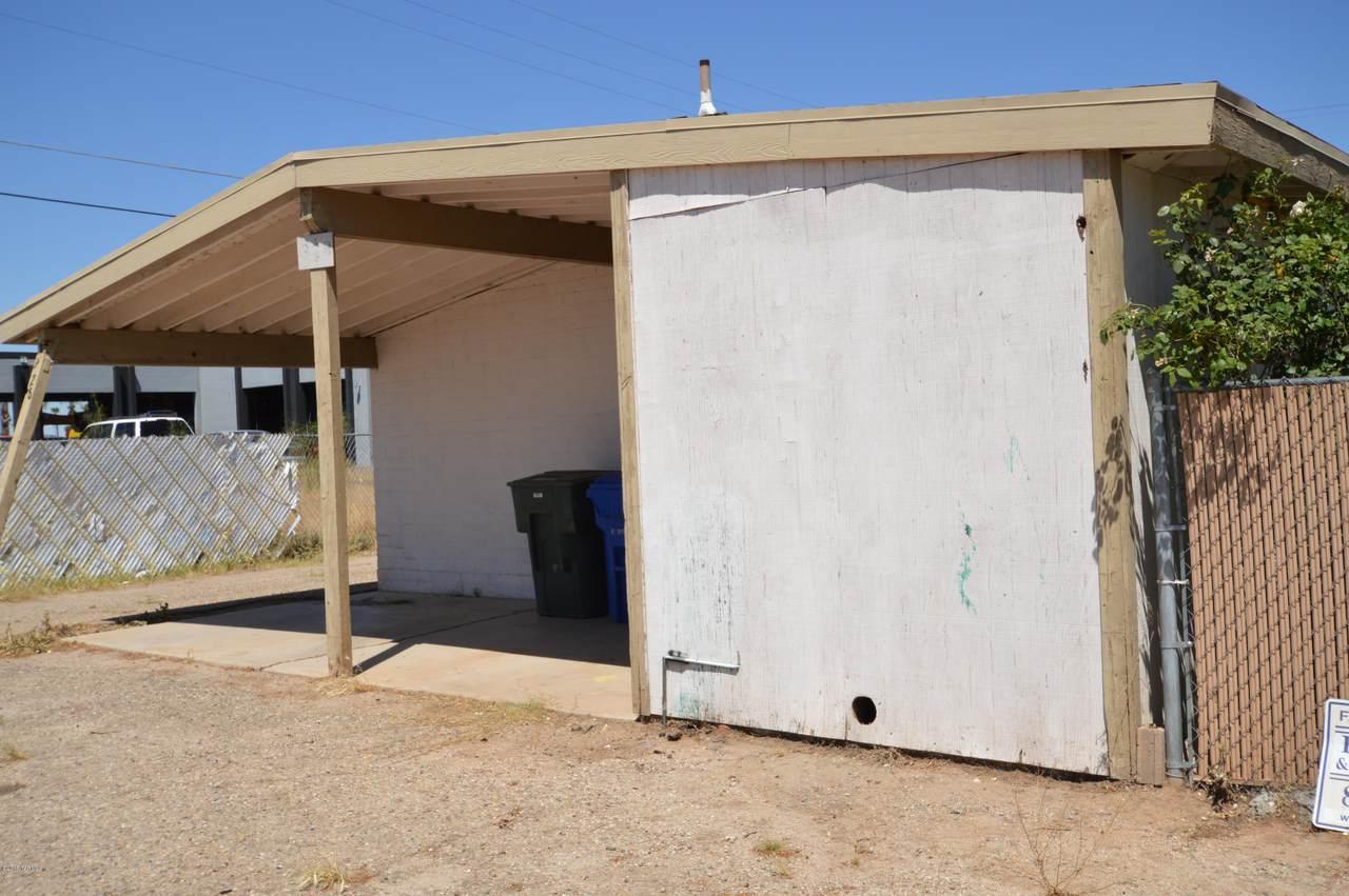 324 Navajo Road - Photo 1