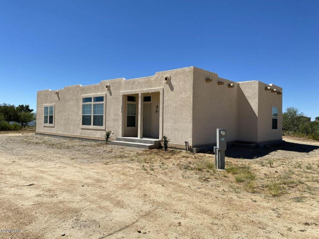 1090 Oracle Ranch Road - Photo 1