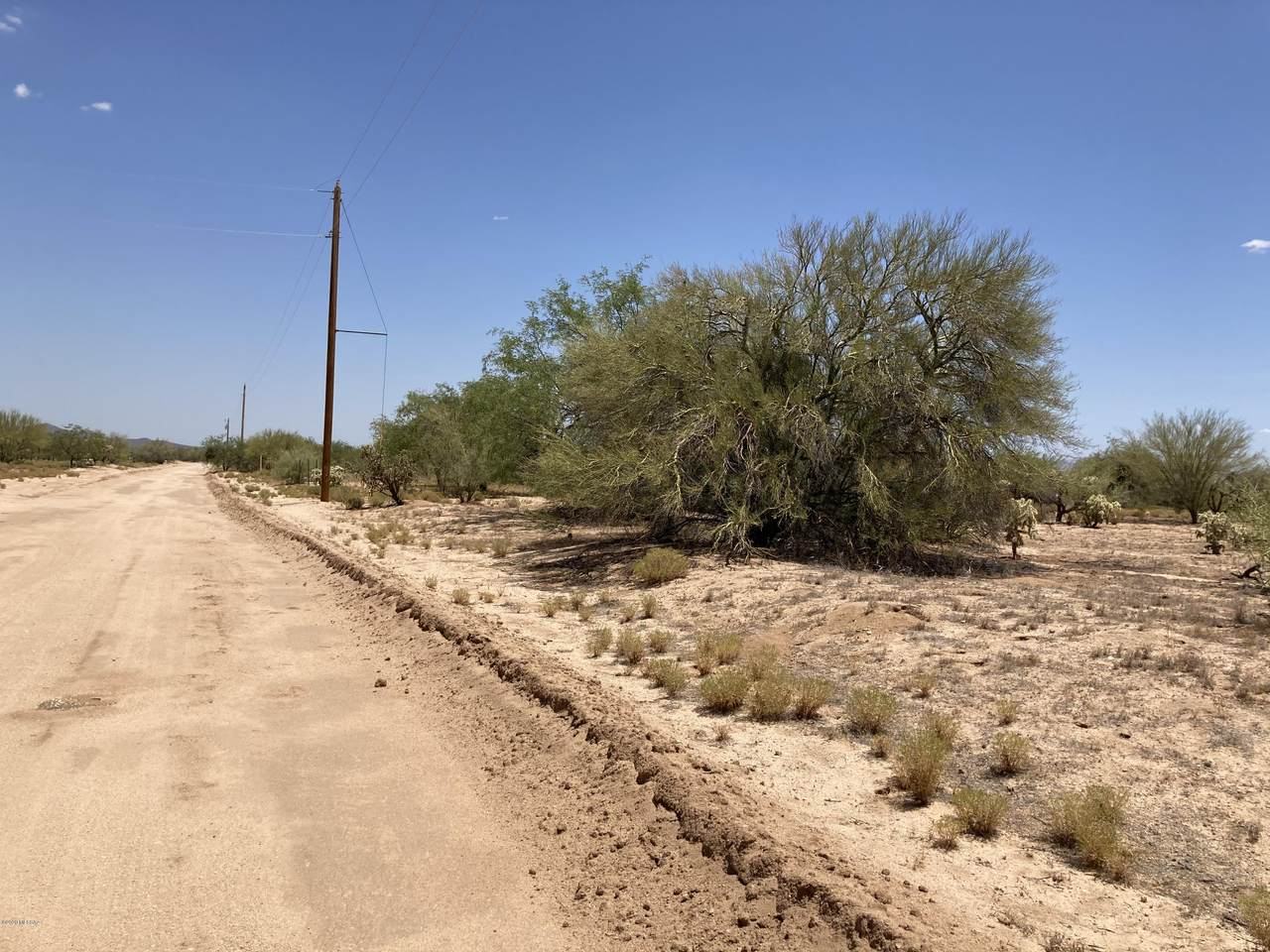 11101 Comanche Road - Photo 1