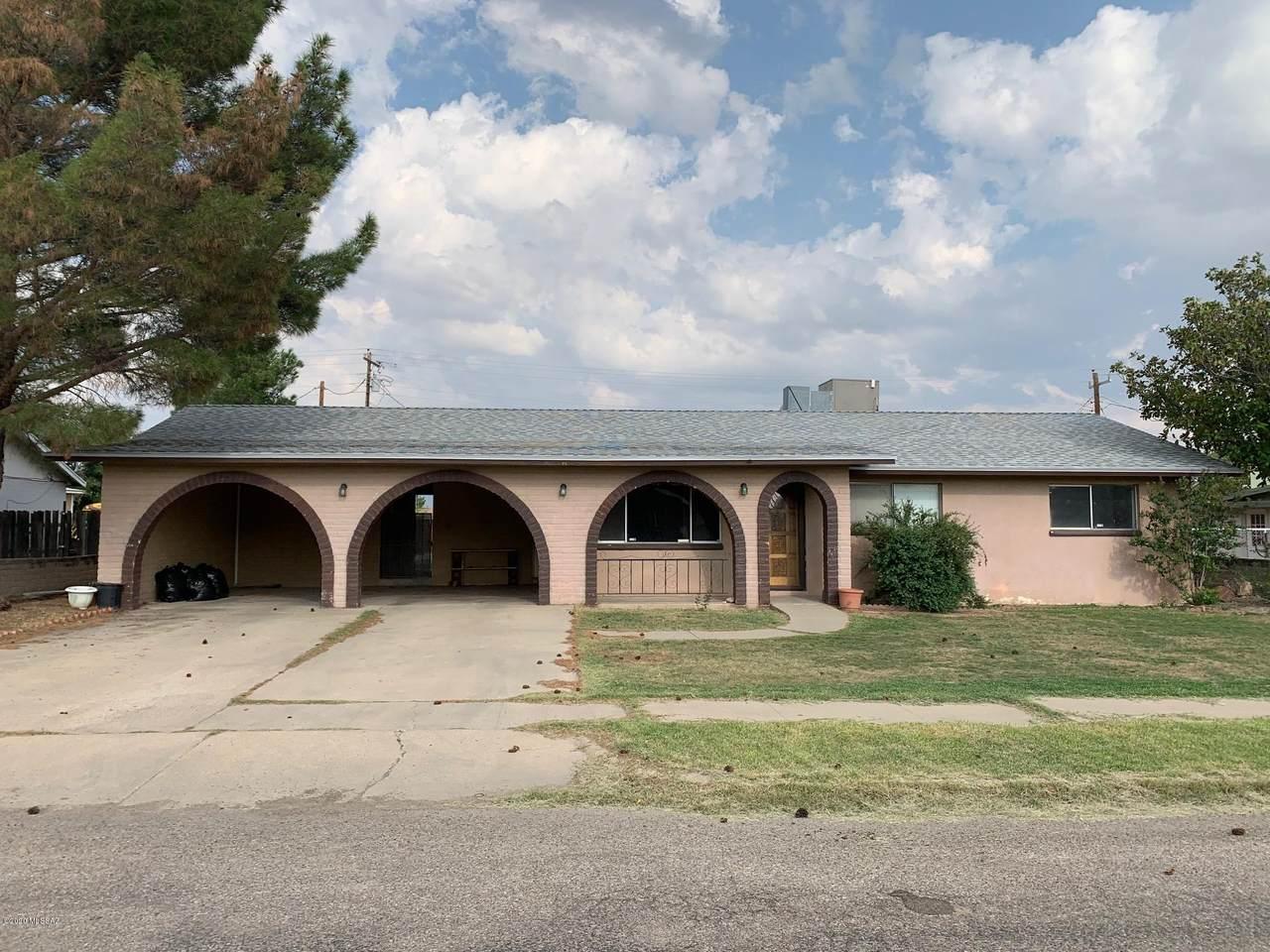 305 Casas Lindas Drive - Photo 1
