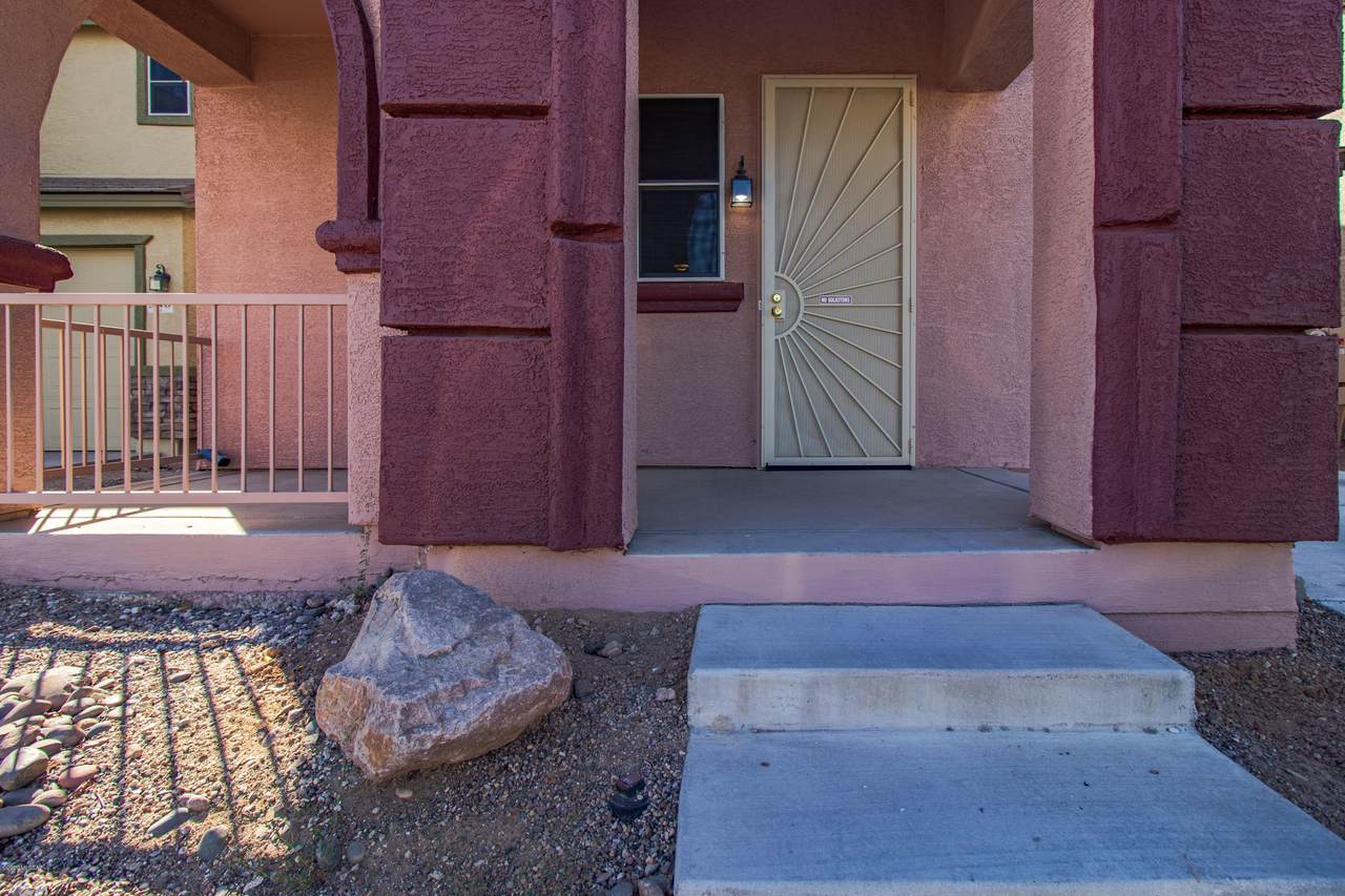 950 Vista Overlook Drive - Photo 1