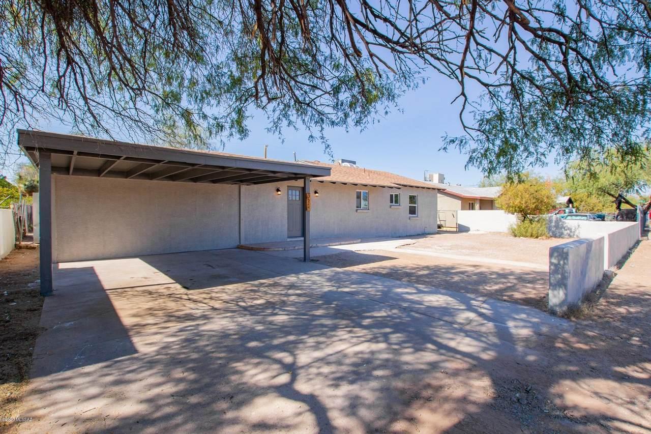 3624 San Rafael Place - Photo 1