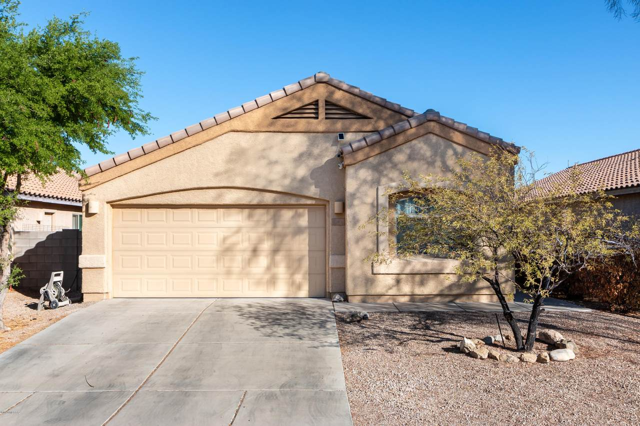 6641 Cooperstown Drive - Photo 1