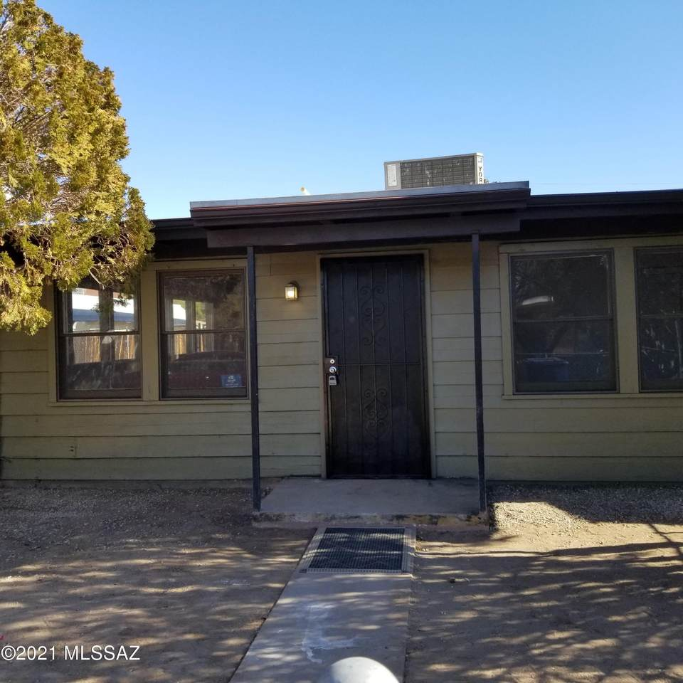 3722 Estrella Avenue - Photo 1