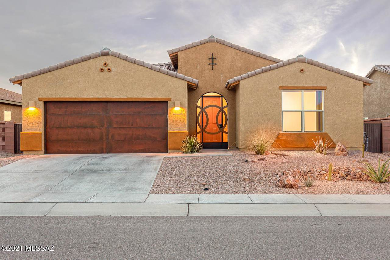 1374 Stronghold Canyon Lane - Photo 1