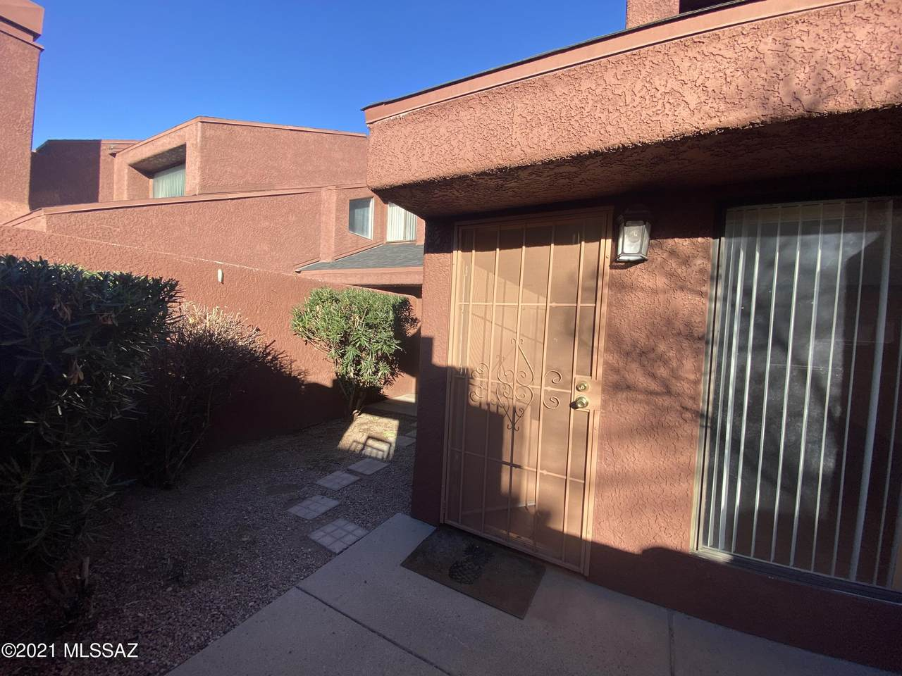 4021 Weimer Place - Photo 1