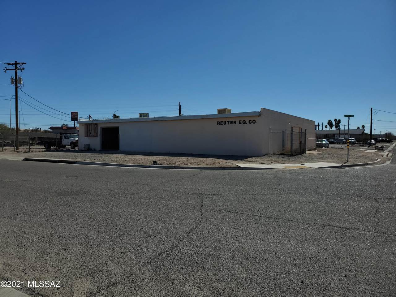 700 Benson Highway - Photo 1