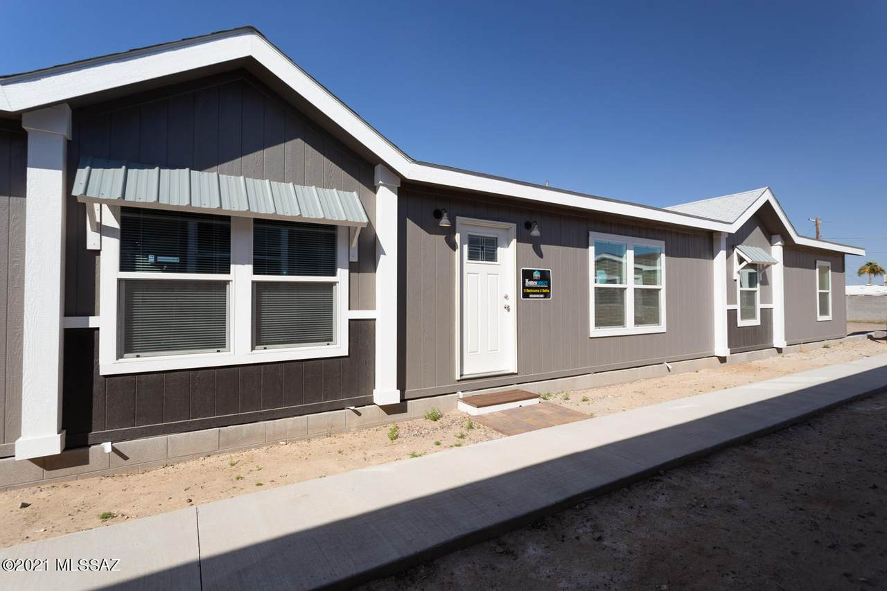 7260 Desert Plains Drive - Photo 1