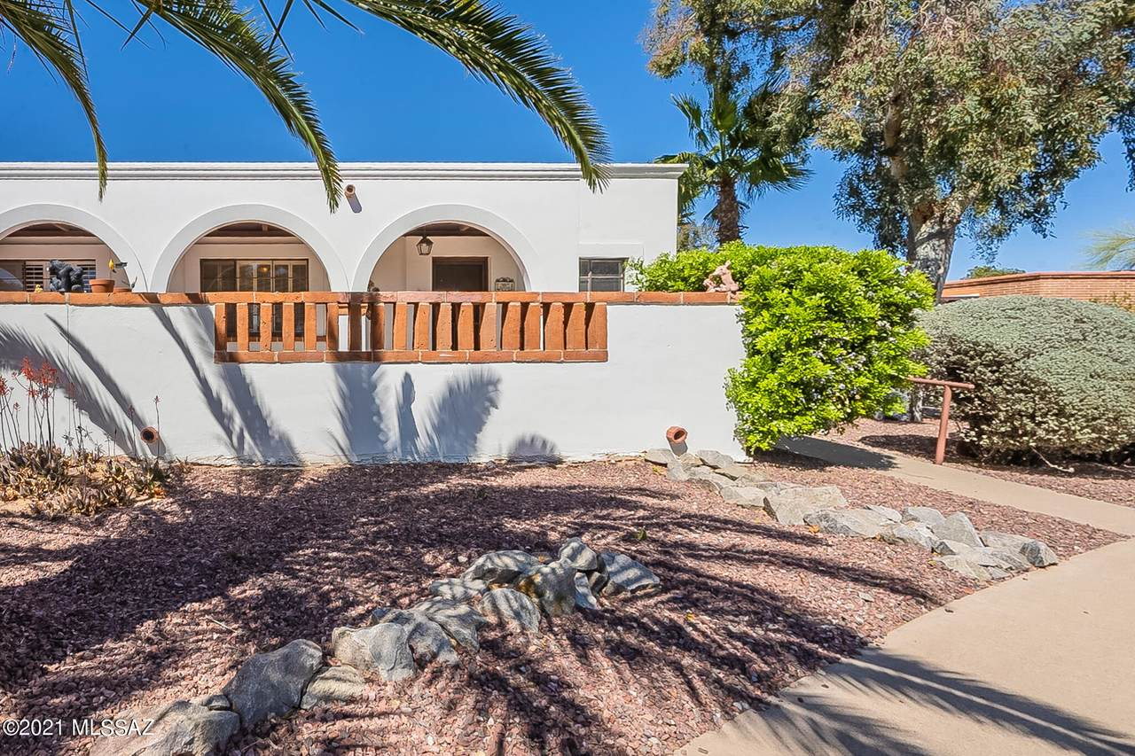 290 Paseo Lobo - Photo 1