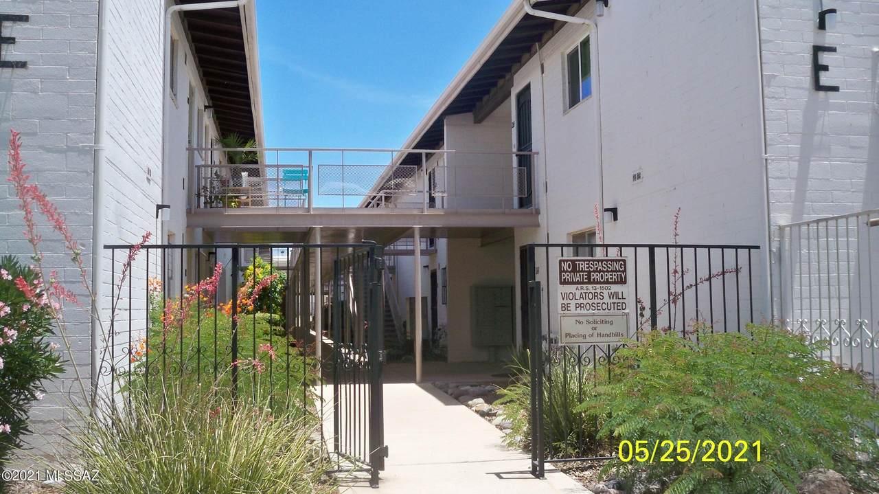 1705 Jones Boulevard - Photo 1