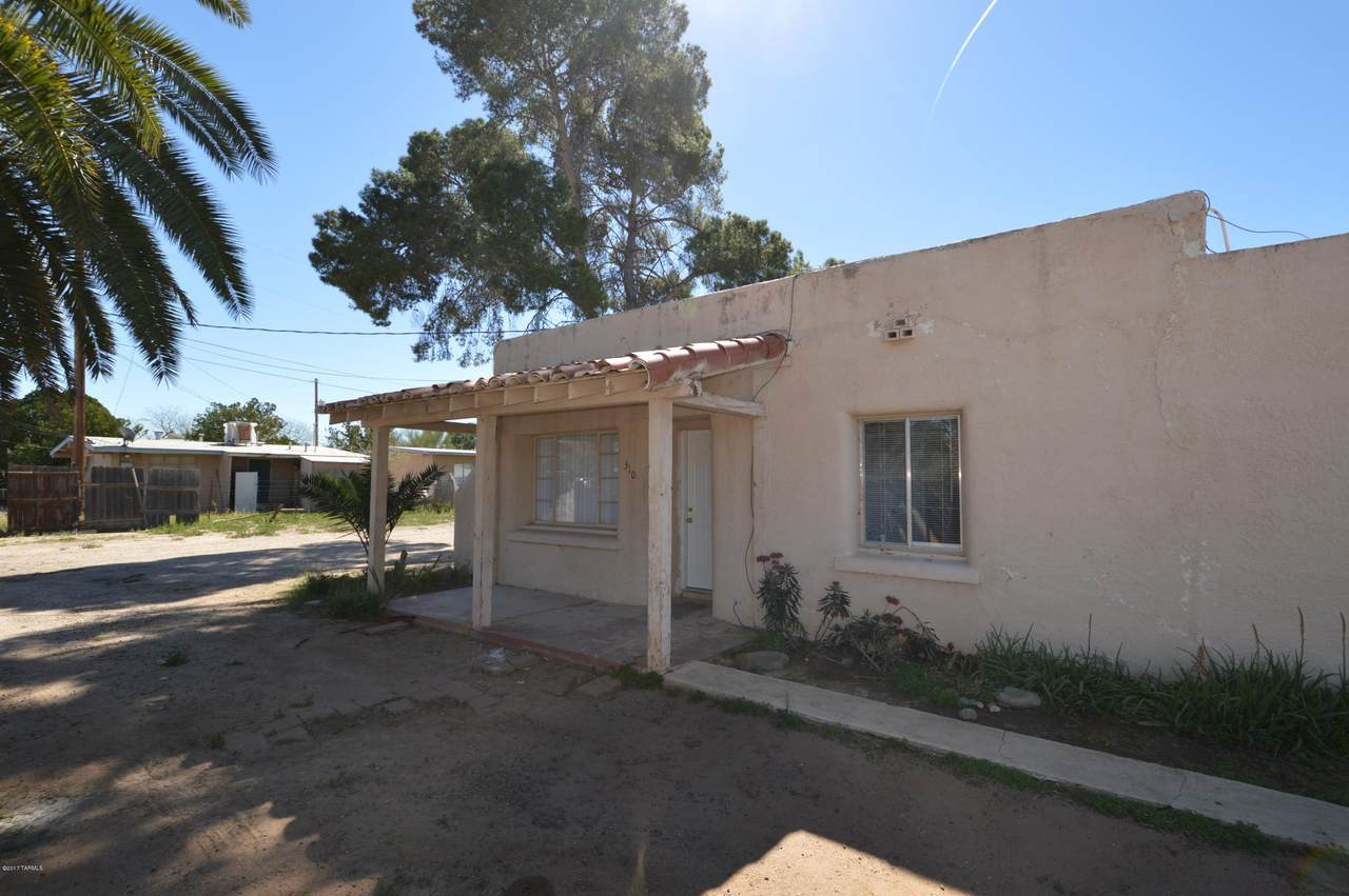 310 Mohave Road - Photo 1