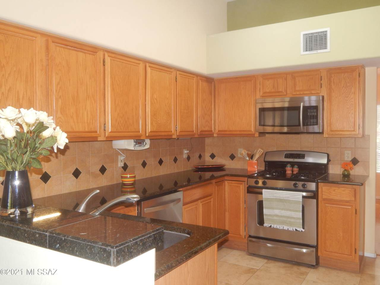 760 Annandale Way - Photo 1