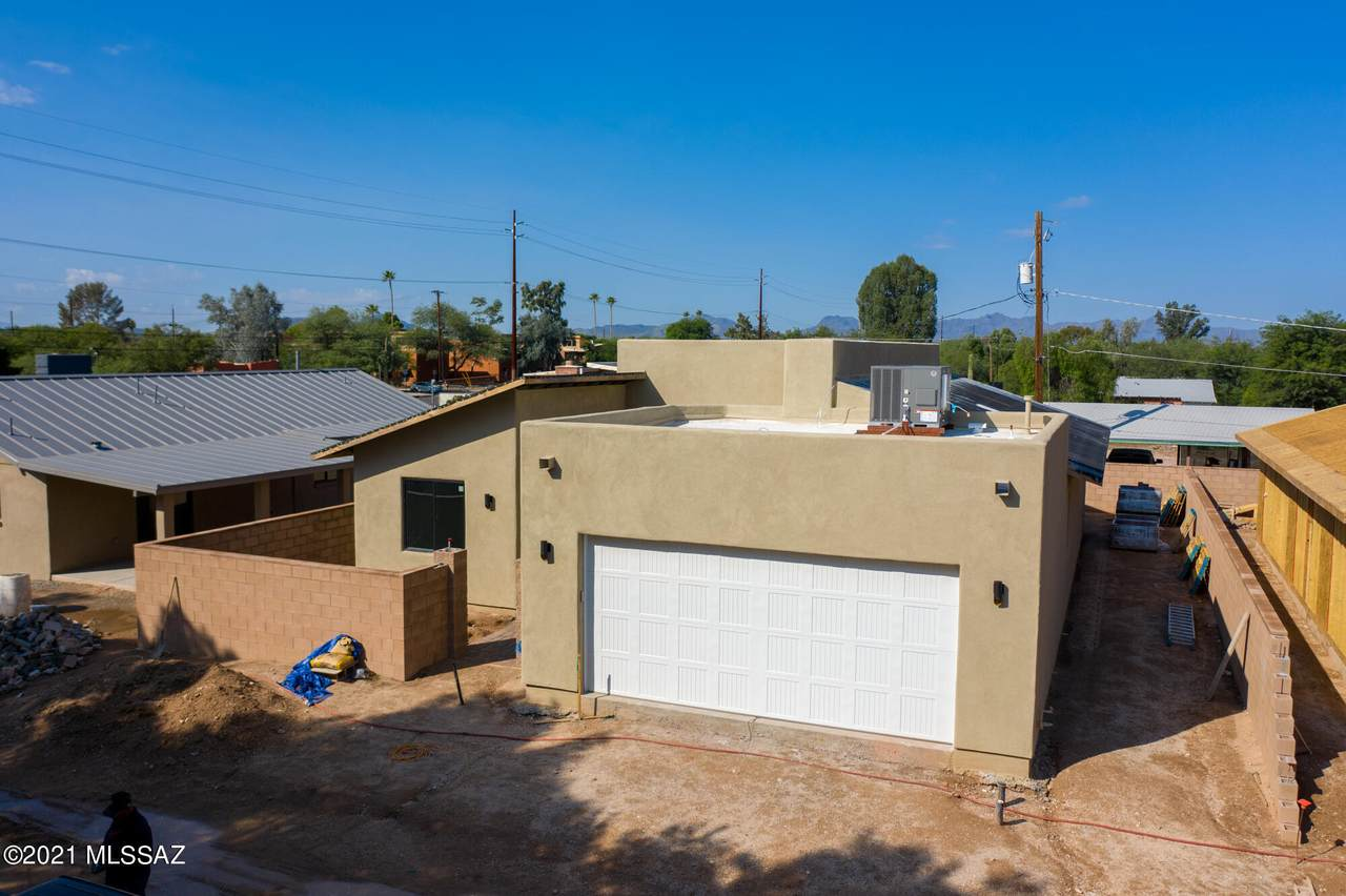 2229 Fort Lowell Road - Photo 1