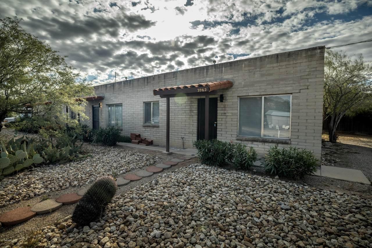 3962 Presidio Road - Photo 1