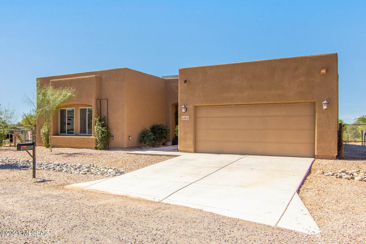 3932 Tree Frog Place - Photo 1