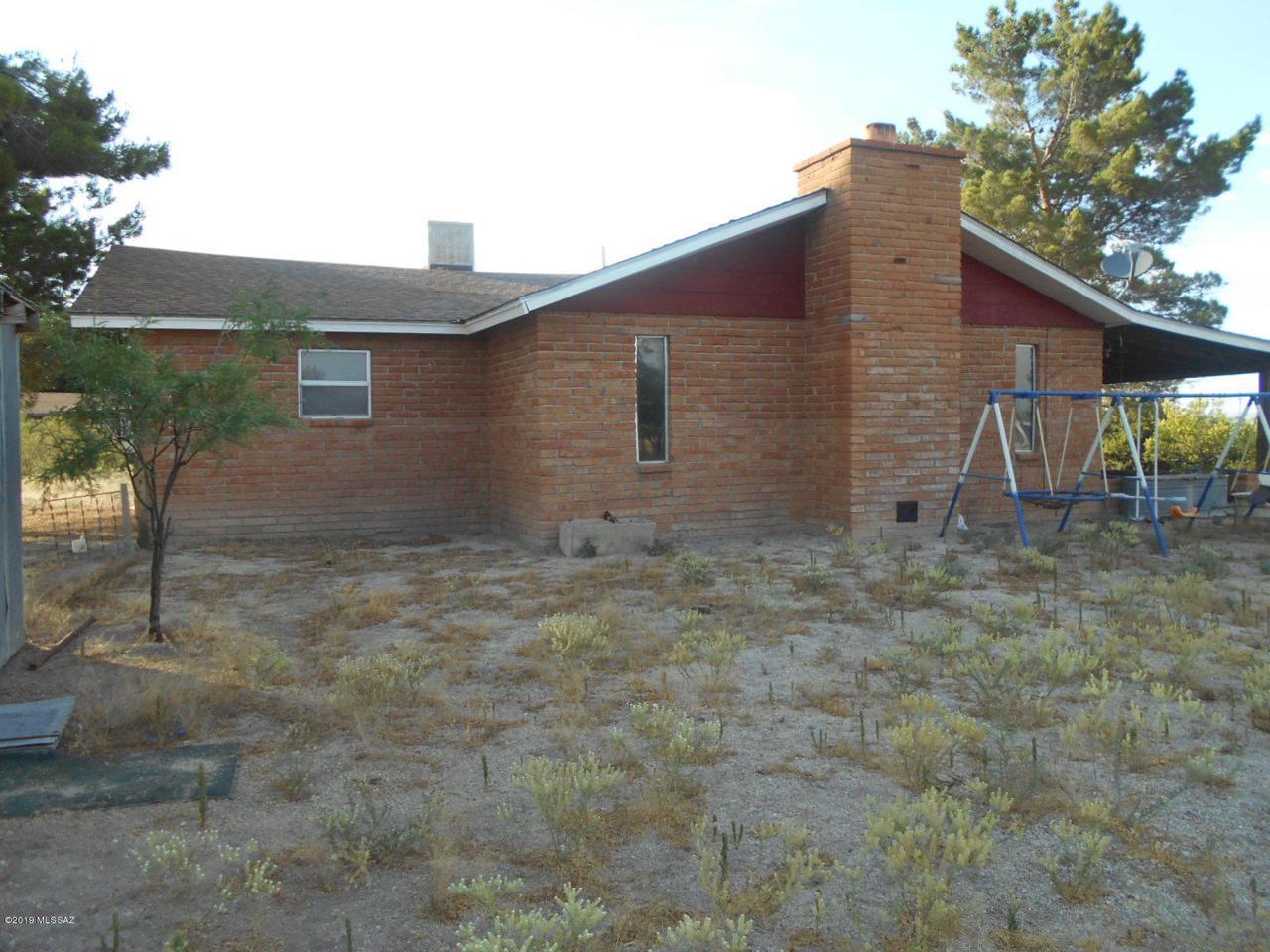 Moore Ranch Hq Grim Ln. - Photo 1