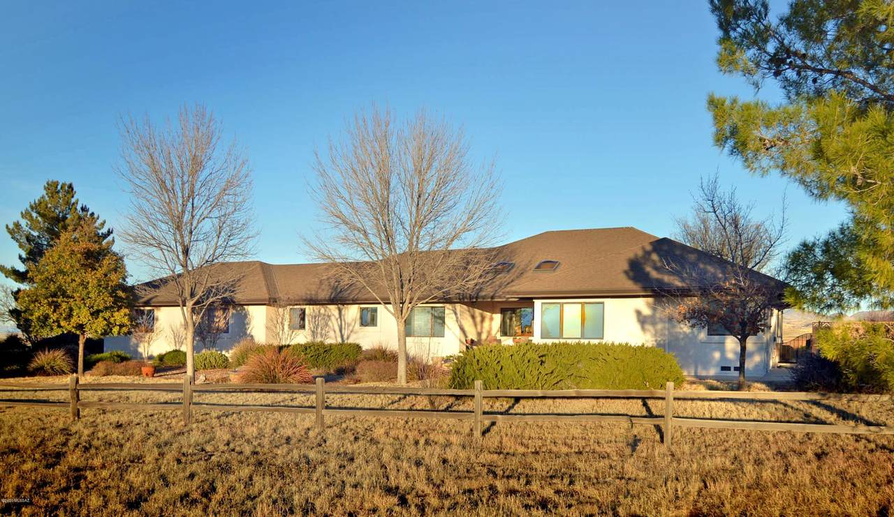 393 Curly Horse Road - Photo 1