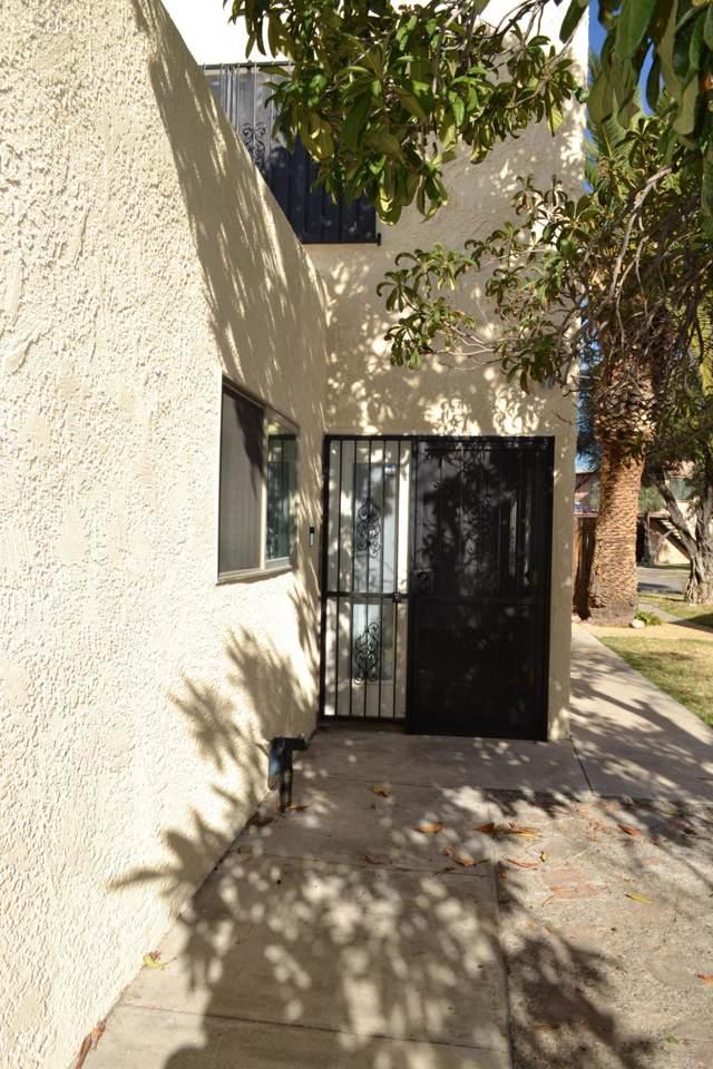 6725 Calle La Paz C - Photo 1
