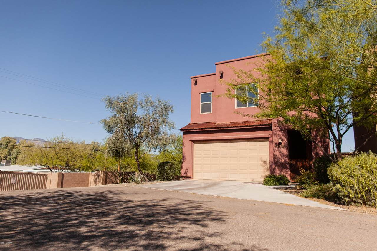 2838 Silkie Place - Photo 1