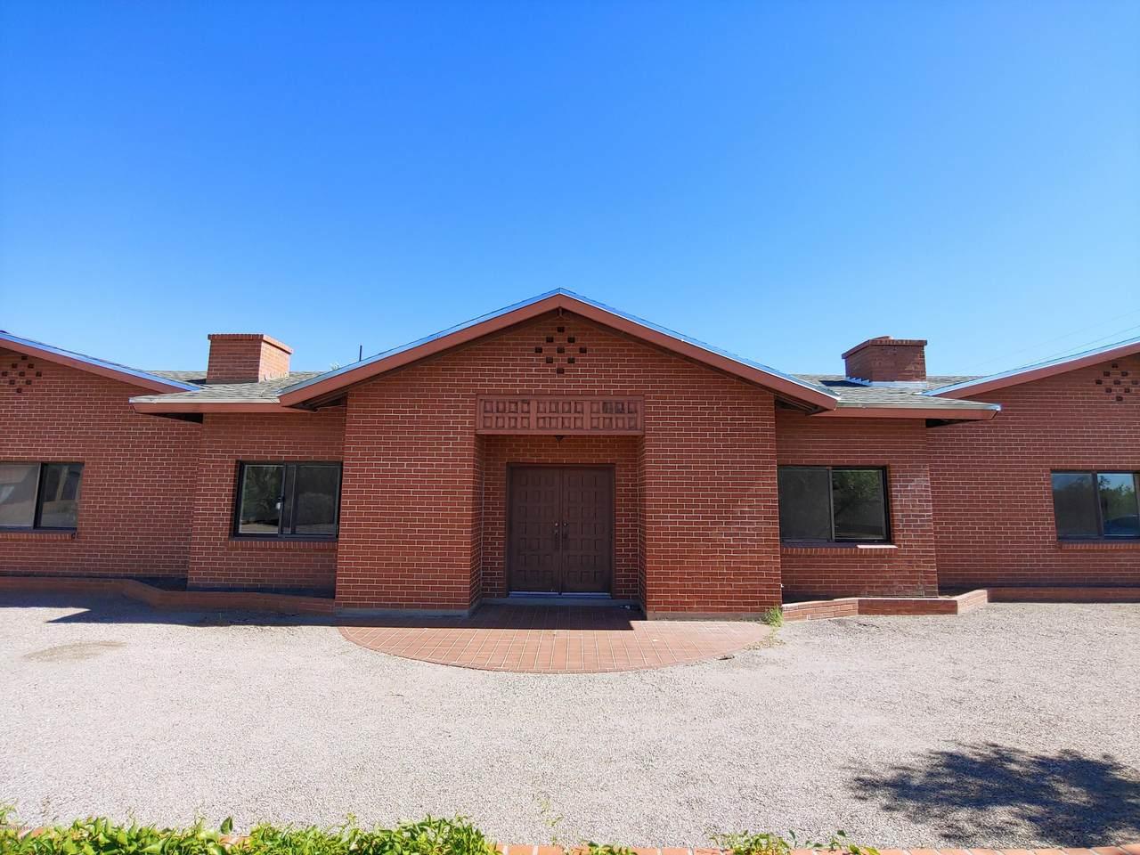 3720 Tucson Boulevard - Photo 1