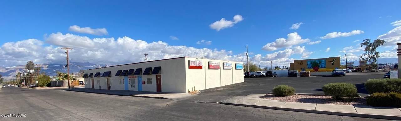 1118 Jones Boulevard - Photo 1