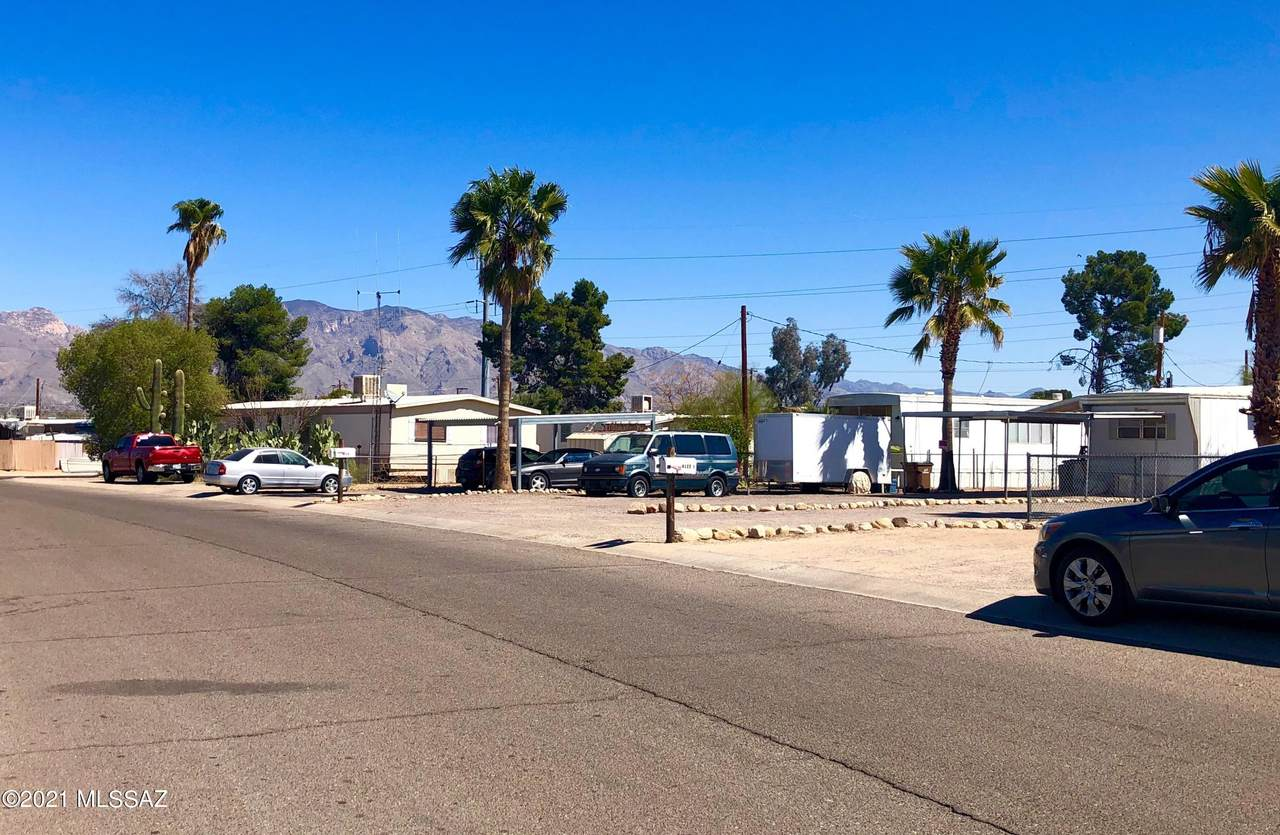 4122 Palm Grove Drive - Photo 1