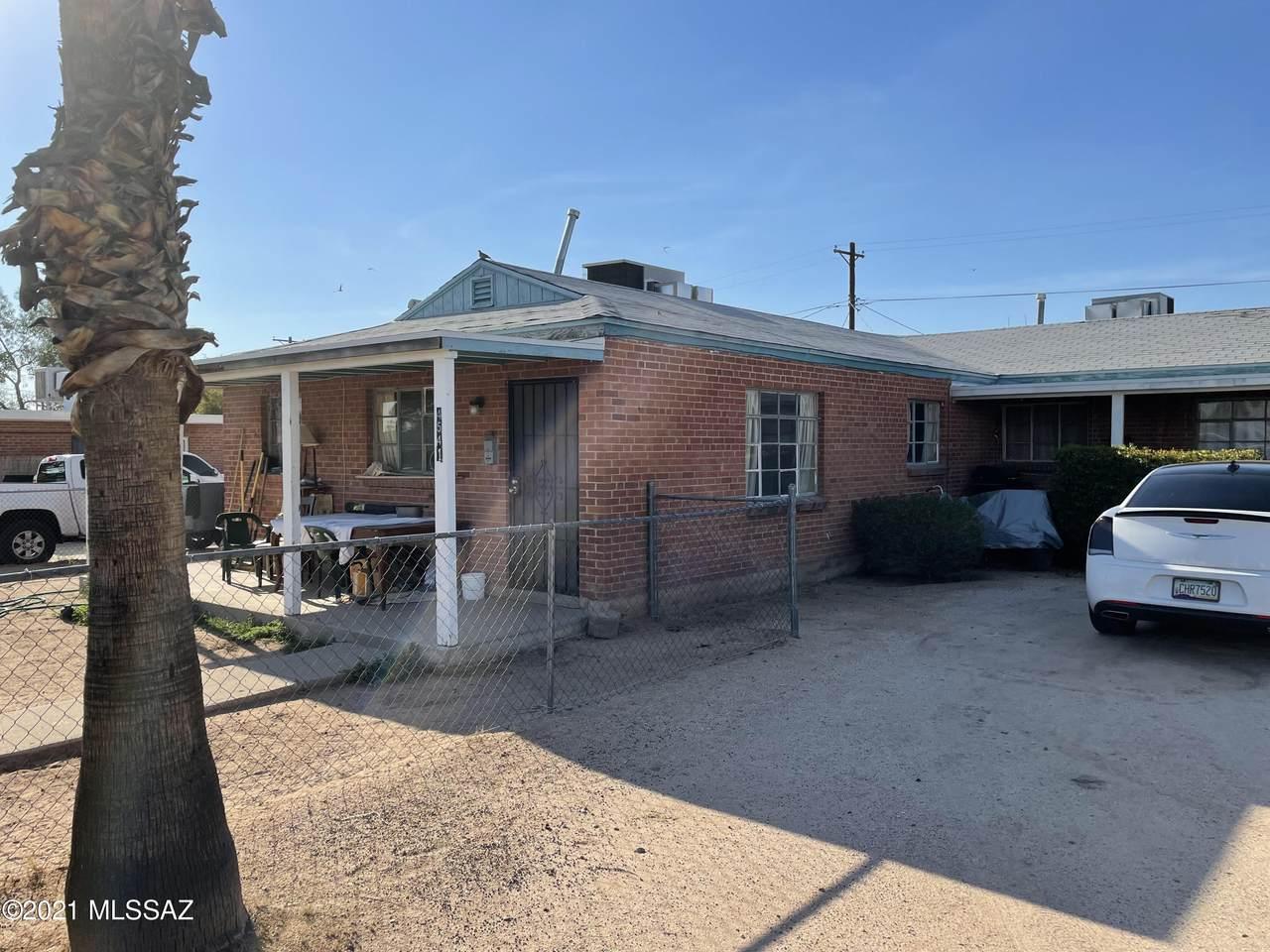 4541 Montecito Street - Photo 1