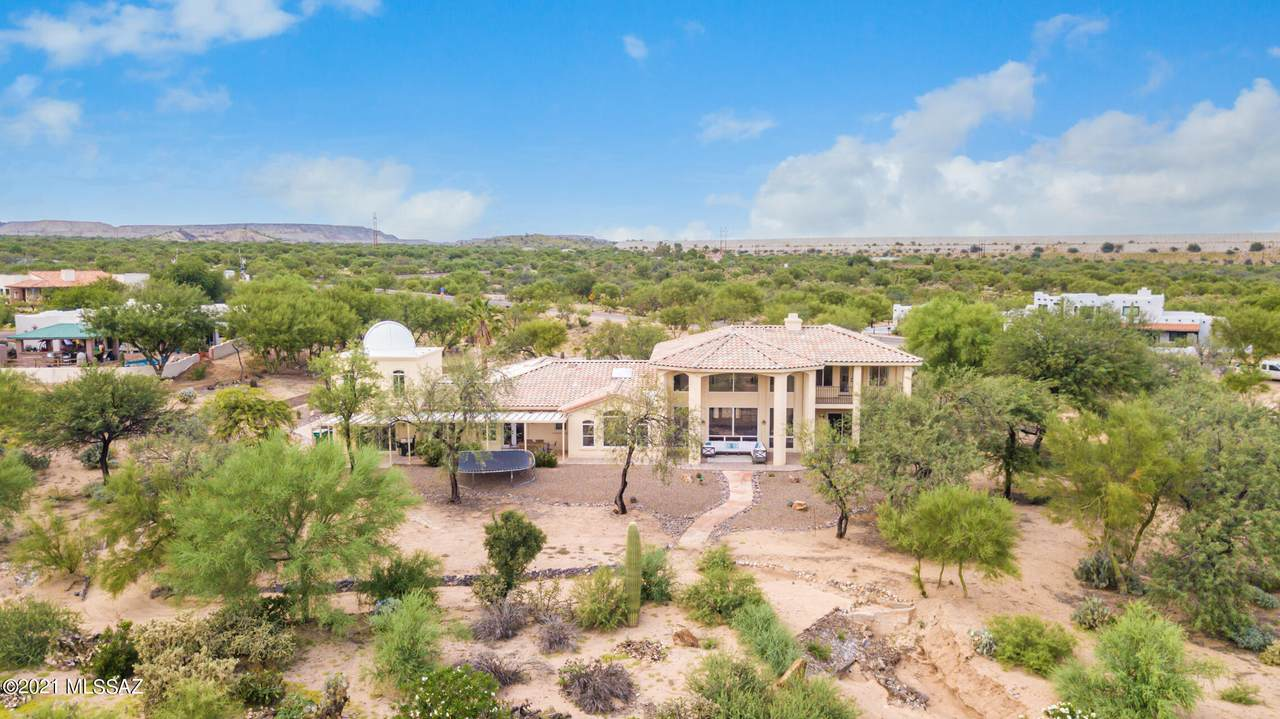 1675 Twin Buttes Road - Photo 1