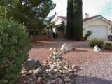 923 Saguaro Drive - Photo 3