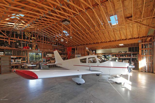 1720 W Cessna Way, Oro Valley, AZ 85755 (#21609311) :: The Josh Berkley Team