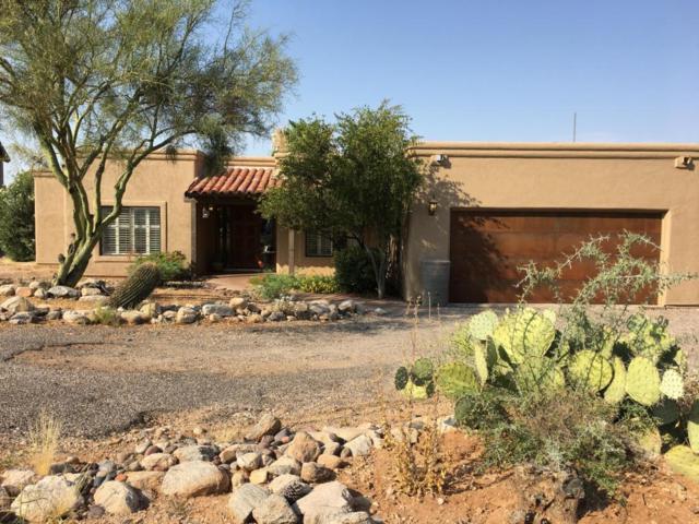 810 E Placita De Roberta, Tucson, AZ 85718 (#21717060) :: Long Realty - The Vallee Gold Team