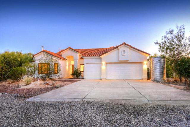 4003 W Camino Del Norte, Tucson, AZ 85742 (#21724662) :: Long Realty - The Vallee Gold Team