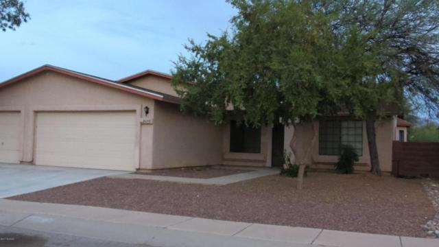 8690 N Chinaberry Way, Tucson, AZ 85742 (#21727027) :: The Anderson Team | RE/MAX Results