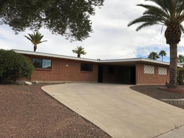 1825 S Sleepy Hollow Avenue, Tucson, AZ 85710 (#21729804) :: Long Realty - The Vallee Gold Team