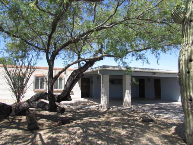 1642 S Regina Cleri Drive, Tucson, AZ 85710 (#21730527) :: Long Realty Company