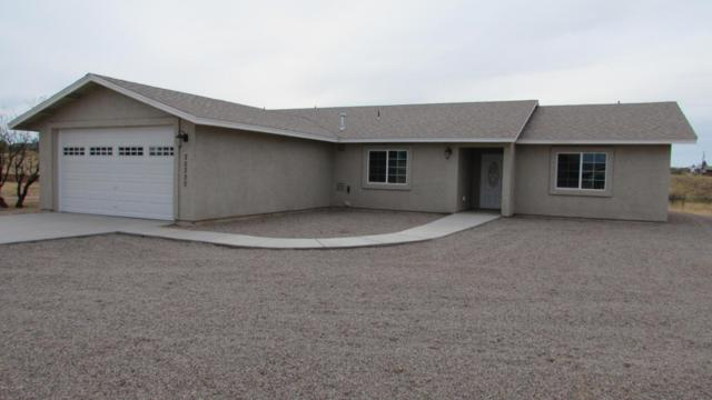 25320 E Walapai Trail, Benson, AZ 85602 (#21731767) :: The Josh Berkley Team