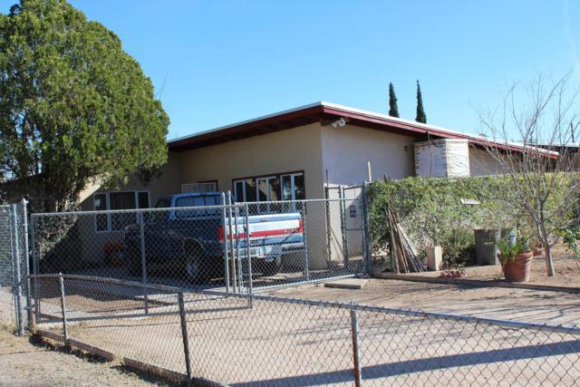 2221 S Tucson Avenue, Tucson, AZ 85713 (#21801489) :: RJ Homes Team
