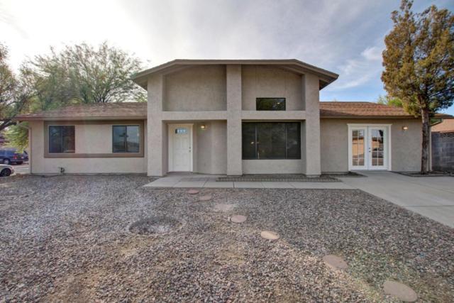 1751 W Mountain Oak Lane, Tucson, AZ 85746 (#21801640) :: The KMS Team