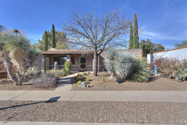 976 S La Huerta, Green Valley, AZ 85614 (#21802130) :: Stratton Group
