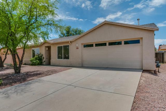 7725 W Shining Moon Way, Tucson, AZ 85743 (#21803603) :: Keller Williams