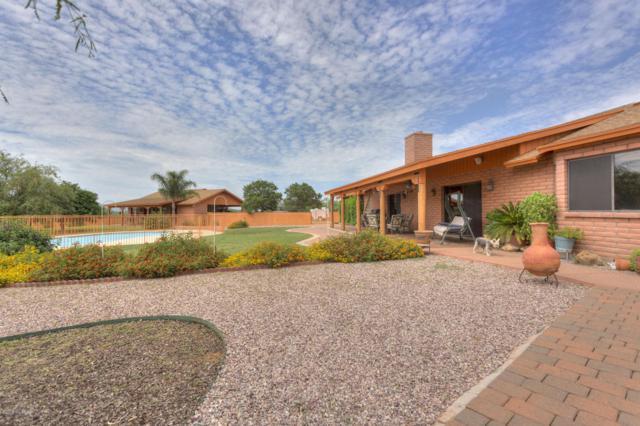 4310 W Calle Cinco, Green Valley, AZ 85622 (#21804687) :: RJ Homes Team