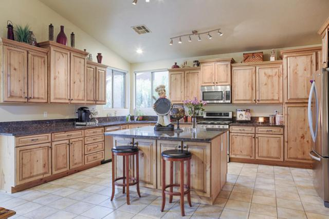 11381 N Twin Spur Court, Oro Valley, AZ 85737 (#21804894) :: Gateway Partners at Realty Executives Tucson Elite