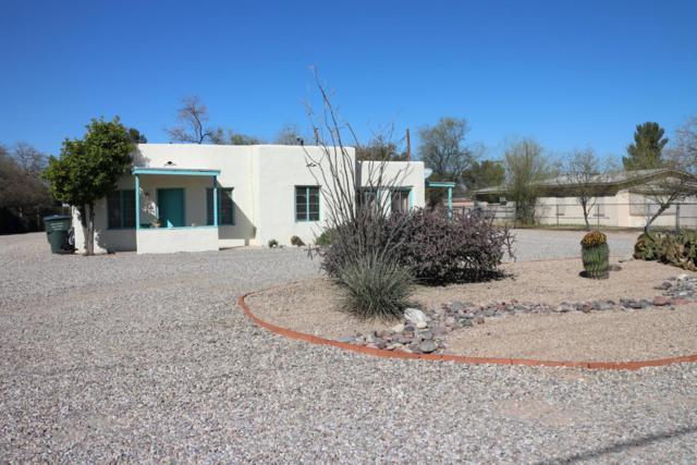 2537 N Columbus Boulevard, Tucson, AZ 85712 (#21806302) :: Long Realty Company